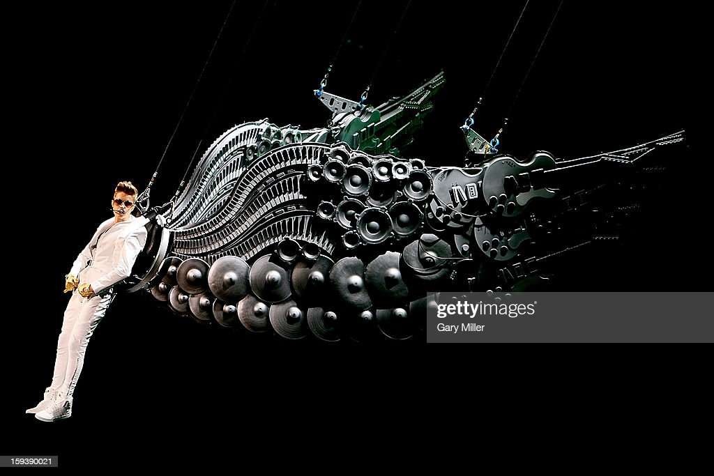<a gi-track='captionPersonalityLinkClicked' href=/galleries/search?phrase=Justin+Bieber&family=editorial&specificpeople=5780923 ng-click='$event.stopPropagation()'>Justin Bieber</a> performs in concert at the AT&T Center on January 12, 2013 in San Antonio, Texas.