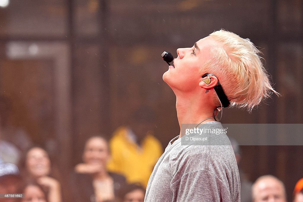 Justin Bieber performs on NBC's 'Today' at Rockefeller Plaza on September 10 2015 in New York City