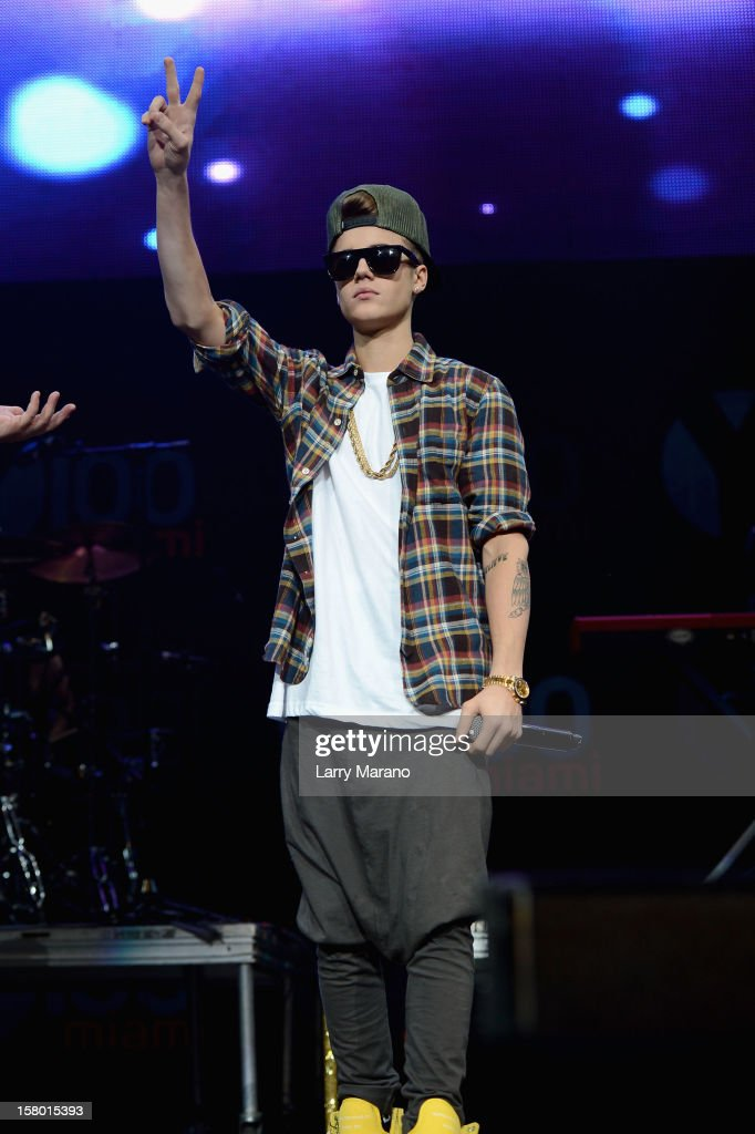 <a gi-track='captionPersonalityLinkClicked' href=/galleries/search?phrase=Justin+Bieber&family=editorial&specificpeople=5780923 ng-click='$event.stopPropagation()'>Justin Bieber</a> performs onstage during the Y100's Jingle Ball 2012 at the BB&T Center on December 8, 2012 in Miami.
