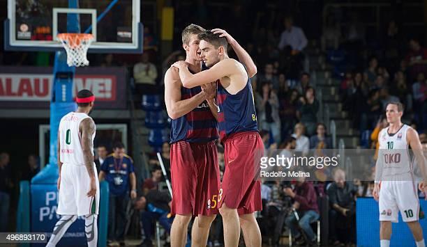 Justin Doellman #5 of FC Barcelona Lassa and Tomas Satoransky #13 celebrates at the end of the Turkish Airlines Euroleague Regular Season date 5 game...
