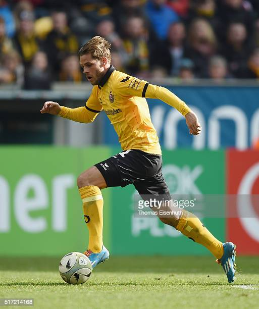 Justin Eilers of Dresden plays the ball during the Third League match between SG Dynamo Dresden and FC Hansa Rostock at DDVStadion on March 19 2016...