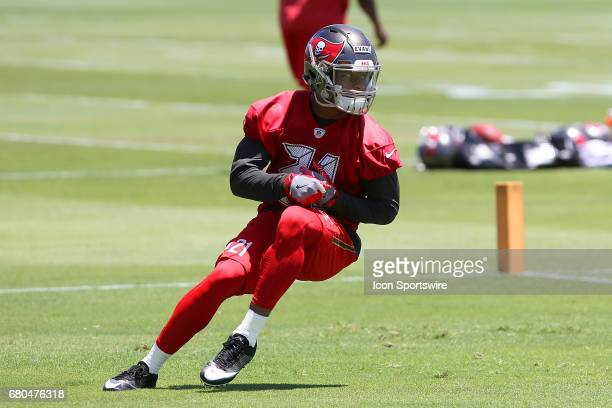 Justin Evans twists and turns as he goes thru drills during the Buccaneers Rookie Camp on May 06 2017 at One Buccaneer Place in Tampa Florida