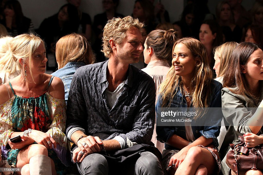 RAFW S/S 2011/12 - Alex Perry Arrivals and Front Row