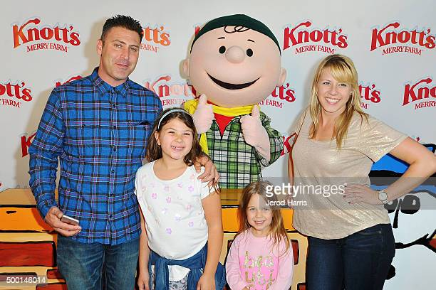 Justin Hodak Beatrix SweetinCoyle Zoie Herpin and Jodie Sweetin attend Knott's Merry Farm Countdown to Christmas Tree Lighting at Knott's Berry Farm...