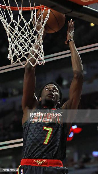Justin Holiday of the Atlanta Hawks puts up a shot against the Chicago Bulls at the United Center on February 10 2016 in Chicago Illinois The Hawks...