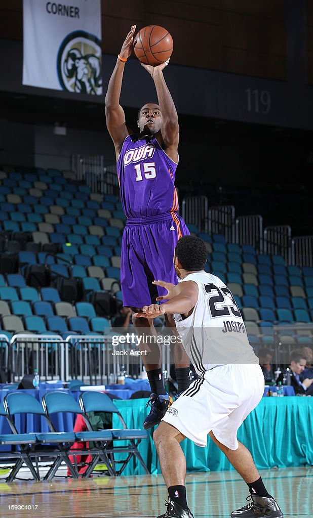 Justin Hurtt #15 of the Iowa Energy shoots the ball against the Austin Toros during the 2013 NBA D-League Showcase on January 10, 2013 at the Reno Events Center in Reno, Nevada.
