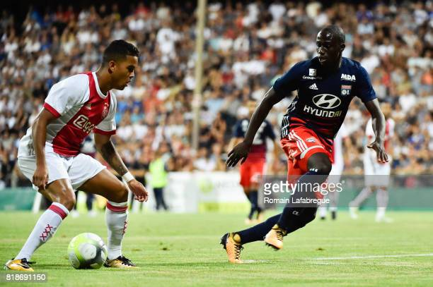 Justin Kluivert of Ajax and Ferland Mendy of Lyon during the friendly match between Olympique Lyonnais Lyon and Ajax Amsterdam on July 18 2017 in...