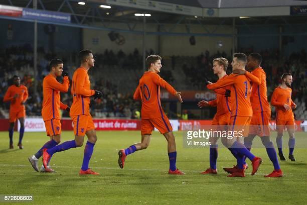 Justin Kluivert of Jong Oranje Richairo Zivkovic of Jong Oranje Guus Til of Jong Oranje Frenkie de Jong of Jong Oranje Oussama Idrissi of Jong Oranje...