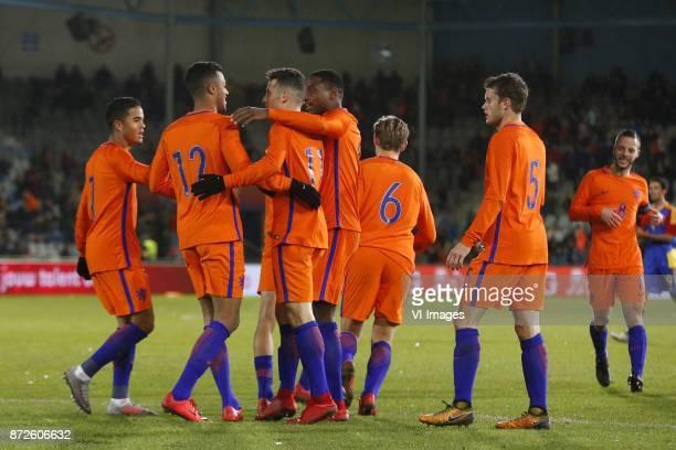 Justin Kluivert of Jong Oranje Richairo Zivkovic of Jong Oranje Oussama Idrissi of Jong Oranje Pablo Rosario of Jong Oranje Frenkie de Jong of Jong...