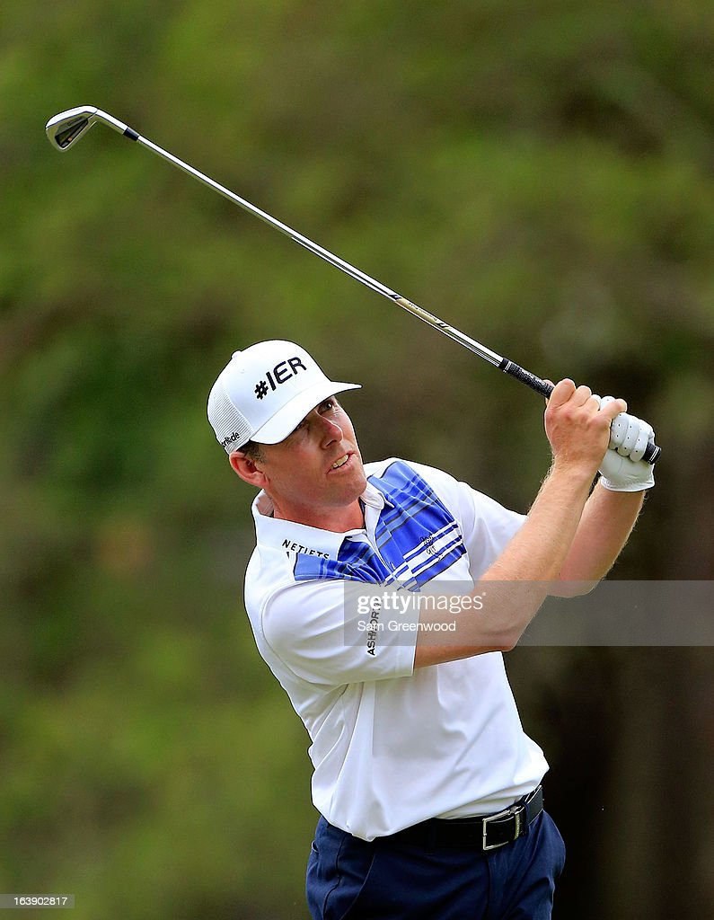 <a gi-track='captionPersonalityLinkClicked' href=/galleries/search?phrase=Justin+Leonard&family=editorial&specificpeople=194762 ng-click='$event.stopPropagation()'>Justin Leonard</a> plays a shot on the 17th hole during the final round of the Tampa Bay Championship at the Innisbrook Resort and Golf Club on March 17, 2013 in Palm Harbor, Florida.