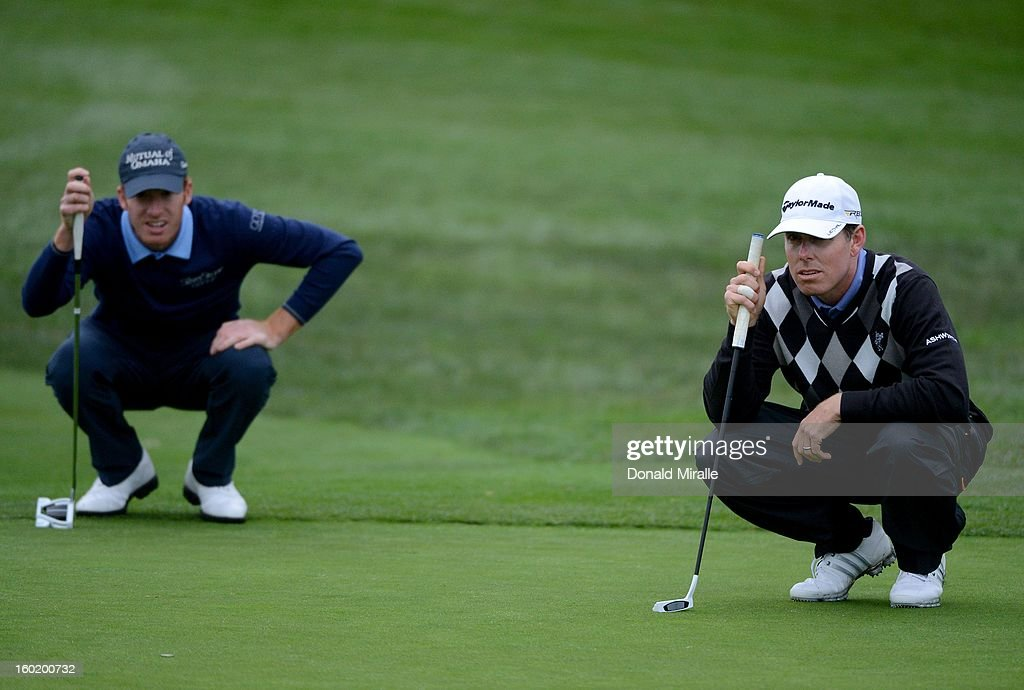 Justin Leonard studies the green during the Third Round at the Farmers Insurance Open at Torrey Pines South Golf Course on January 27, 2013 in La Jolla, California.