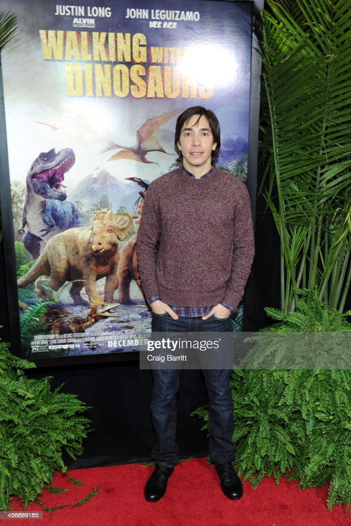 <a gi-track='captionPersonalityLinkClicked' href=/galleries/search?phrase=Justin+Long&family=editorial&specificpeople=240305 ng-click='$event.stopPropagation()'>Justin Long</a> attends the 'Walking With Dinosaurs' screening at Cinema 1, 2 & 3 on December 15, 2013 in New York City.