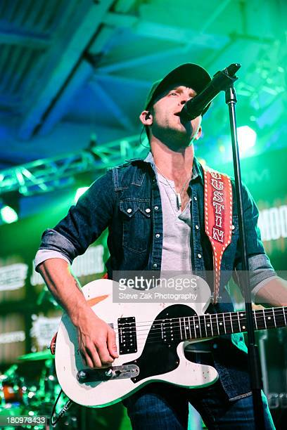Justin Moore peforms at the MLB Fan Cave on September 18 2013 in New York City