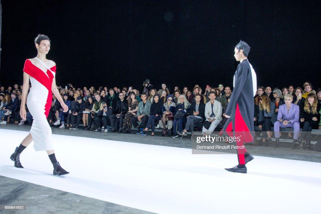 Haider Ackermann : Front Row - Paris Fashion Week Womenswear Spring/Summer 2018