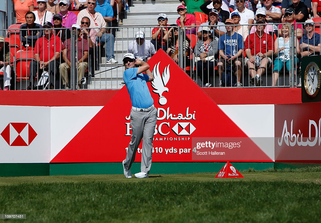 Justin Rose of England hits his tee shot on the 1st hole during the third round of the Abu Dhabi HSBC Golf Championship at Abu Dhabi Golf Club on January 19, 2013 in Abu Dhabi, United Arab Emirates.