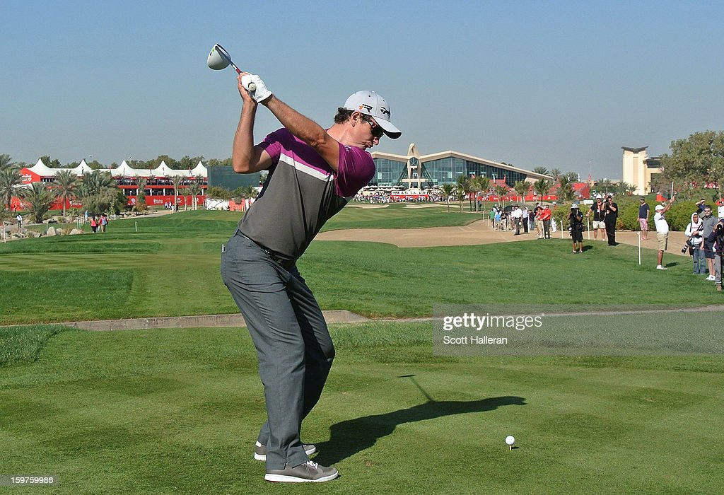 Justin Rose of England hits his tee shot on the ninth hole during the final round of the Abu Dhabi HSBC Golf Championship at Abu Dhabi Golf Club on January 20, 2013 in Abu Dhabi, United Arab Emirates.