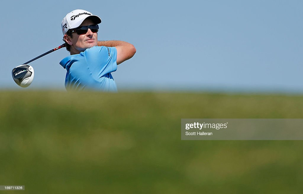Justin Rose of England hits his tee shot on the third hole during the third round of the Abu Dhabi HSBC Golf Championship at Abu Dhabi Golf Club on January 19, 2013 in Abu Dhabi, United Arab Emirates.