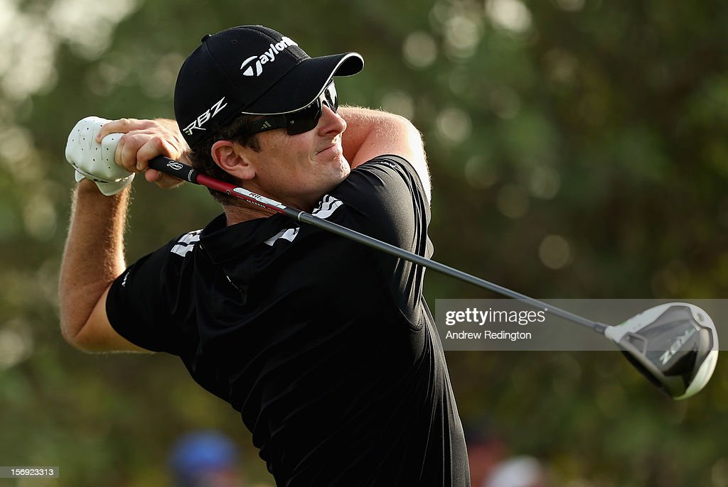 Justin Rose of England hits his tee-shot on the 18th hole during the final round of the DP World Tour Championship on the Earth Course at Jumeirah Golf Estates on November 25, 2012 in Dubai, United Arab Emirates.