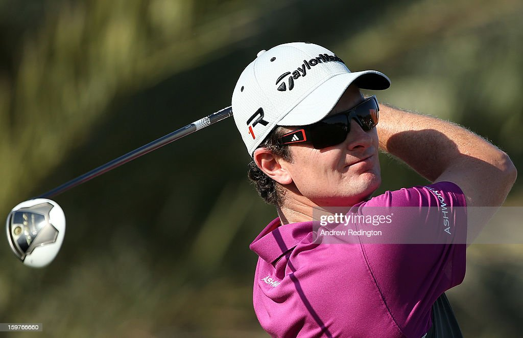 Justin Rose of England in action during the final round of The Abu Dhabi HSBC Golf Championship at Abu Dhabi Golf Club on January 20, 2013 in Abu Dhabi, United Arab Emirates.