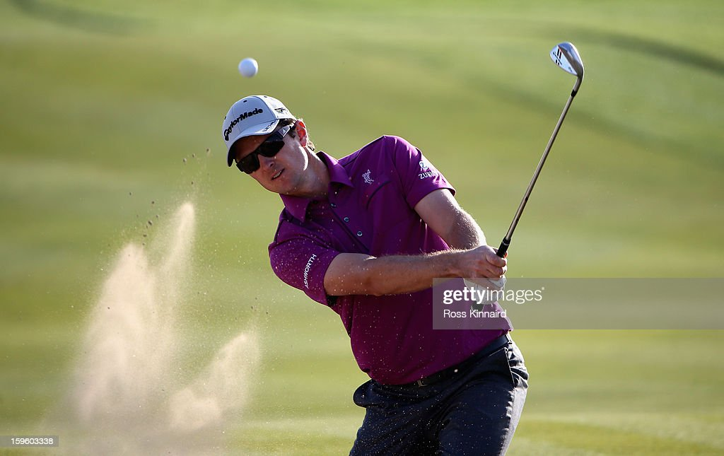 <a gi-track='captionPersonalityLinkClicked' href=/galleries/search?phrase=Justin+Rose&family=editorial&specificpeople=171559 ng-click='$event.stopPropagation()'>Justin Rose</a> of England on the 17th green during the first round of the Abu Dhabi HSBC Golf Championship at the Abu Dhabi Golf Club on January 17, 2013 in Abu Dhabi, United Arab Emirates.