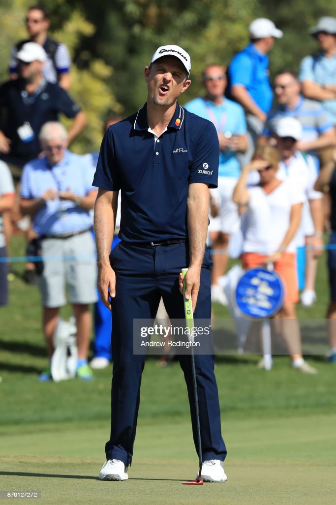 Justin Rose of England reacts to a putt on the 1st green during the final round of the DP World Tour Championship at Jumeirah Golf Estates on November 19, 2017 in Dubai, United Arab Emirates.