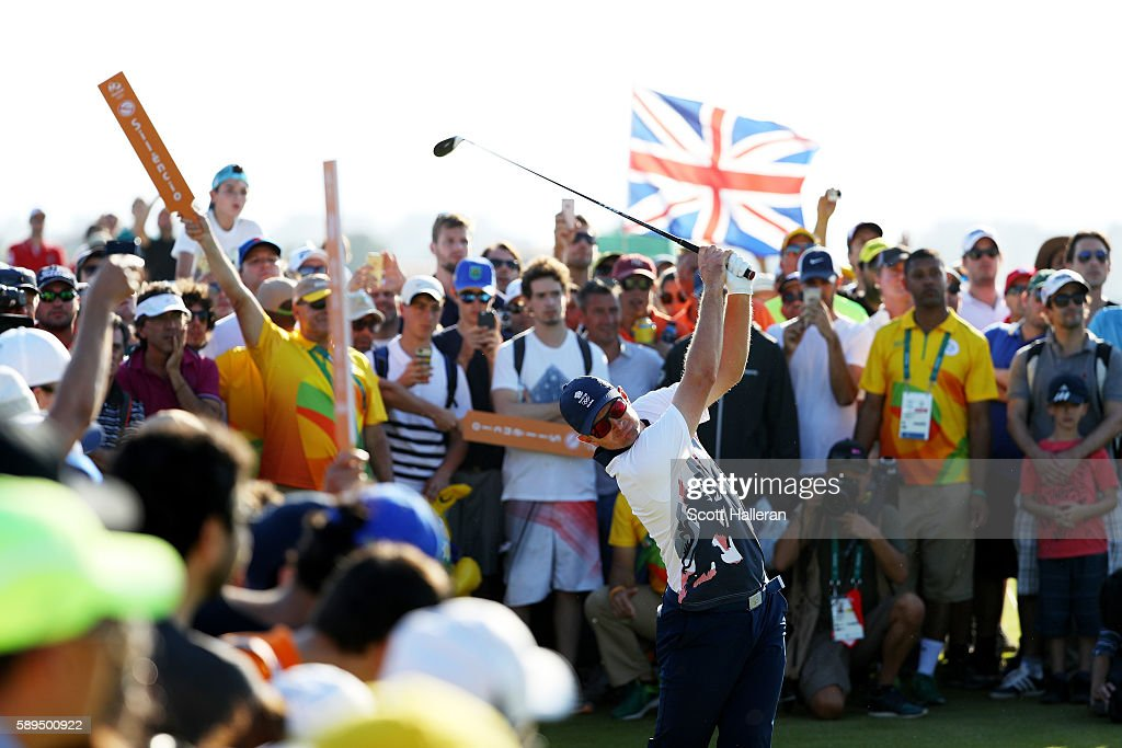 Justin Rose of Great Britain plays a shot on the 18th hole during the final round of men's golf on Day 9 of the Rio 2016 Olympic Games at the Olympic...