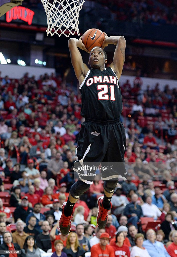 Justin Simmons #21 of the Nebraska-Omaha Mavericks goes in for a dunk against the UNLV Rebels during their game at the Thomas & Mack Center on November 15, 2013 in Las Vegas, Nevada. UNLV won 73-70.