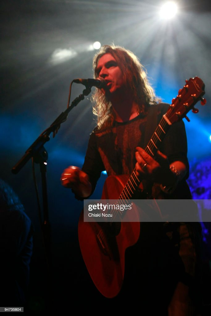 <a gi-track='captionPersonalityLinkClicked' href=/galleries/search?phrase=Justin+Sullivan&family=editorial&specificpeople=4756014 ng-click='$event.stopPropagation()'>Justin Sullivan</a> of New Model Army performs at The Forum on December 17, 2009 in London, England.