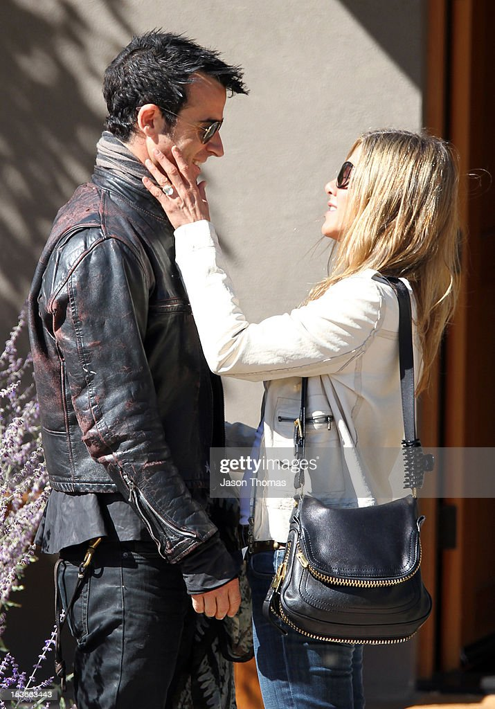 Justin Theroux and Jennifer Aniston are seen October 6, 2012 in Santa Fe, New Mexico.