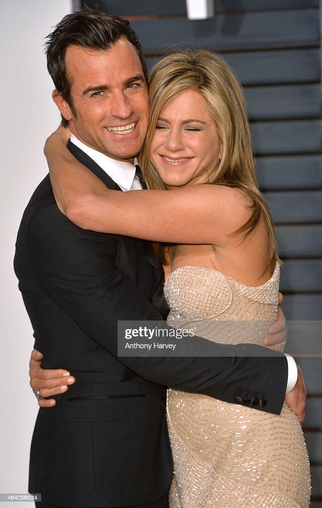 Justin Theroux and Jennifer Aniston arrive at the 2015 Vanity Fair Oscar Party Hosted By Graydon Carter at Wallis Annenberg Center for the Performing...