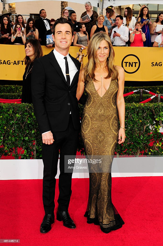 Justin Theroux and Jennifer Aniston attend the 21st Annual Screen Actors Guild Awards at the Shrine Auditorium on January 25, 2015 in Los Angeles, California.