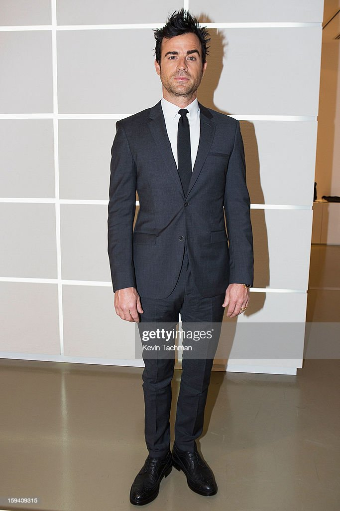 <a gi-track='captionPersonalityLinkClicked' href=/galleries/search?phrase=Justin+Theroux&family=editorial&specificpeople=240634 ng-click='$event.stopPropagation()'>Justin Theroux</a> poses backstage prior to the Calvin Klein Collection show as part of Milan Fashion Week Menswear Autumn/Winter 2013 on January 13, 2013 in Milan, Italy.
