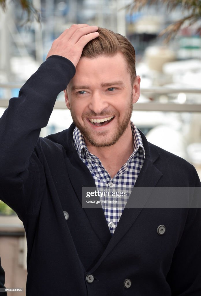 Justin Timberlake and Carey Mulligan attends the photocall for 'Inside Llewyn Davis' at The 66th Annual Cannes Film Festival on May 19, 2013 in Cannes, France.