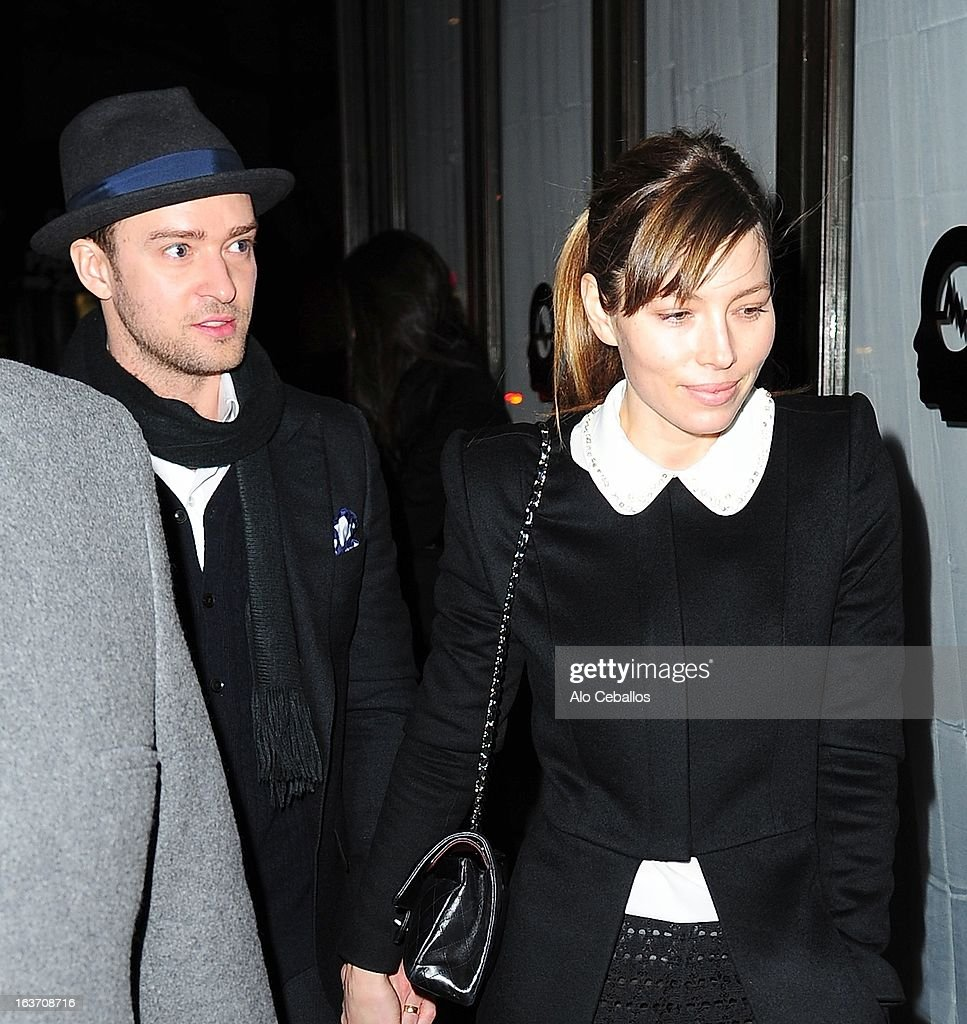 <a gi-track='captionPersonalityLinkClicked' href=/galleries/search?phrase=Justin+Timberlake&family=editorial&specificpeople=157482 ng-click='$event.stopPropagation()'>Justin Timberlake</a> and <a gi-track='captionPersonalityLinkClicked' href=/galleries/search?phrase=Jessica+Biel&family=editorial&specificpeople=203011 ng-click='$event.stopPropagation()'>Jessica Biel</a> are seen in Midtown on March 14, 2013 in New York City.