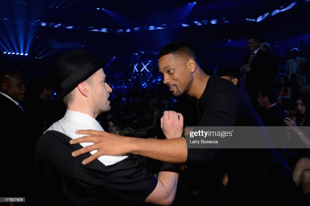 <a gi-track='captionPersonalityLinkClicked' href=/galleries/search?phrase=Justin+Timberlake&family=editorial&specificpeople=157482 ng-click='$event.stopPropagation()'>Justin Timberlake</a> and <a gi-track='captionPersonalityLinkClicked' href=/galleries/search?phrase=Will+Smith+-+Actor+-+Born+1968&family=editorial&specificpeople=156403 ng-click='$event.stopPropagation()'>Will Smith</a> attend the 2013 MTV Video Music Awards at the Barclays Center on August 25, 2013 in the Brooklyn borough of New York City.