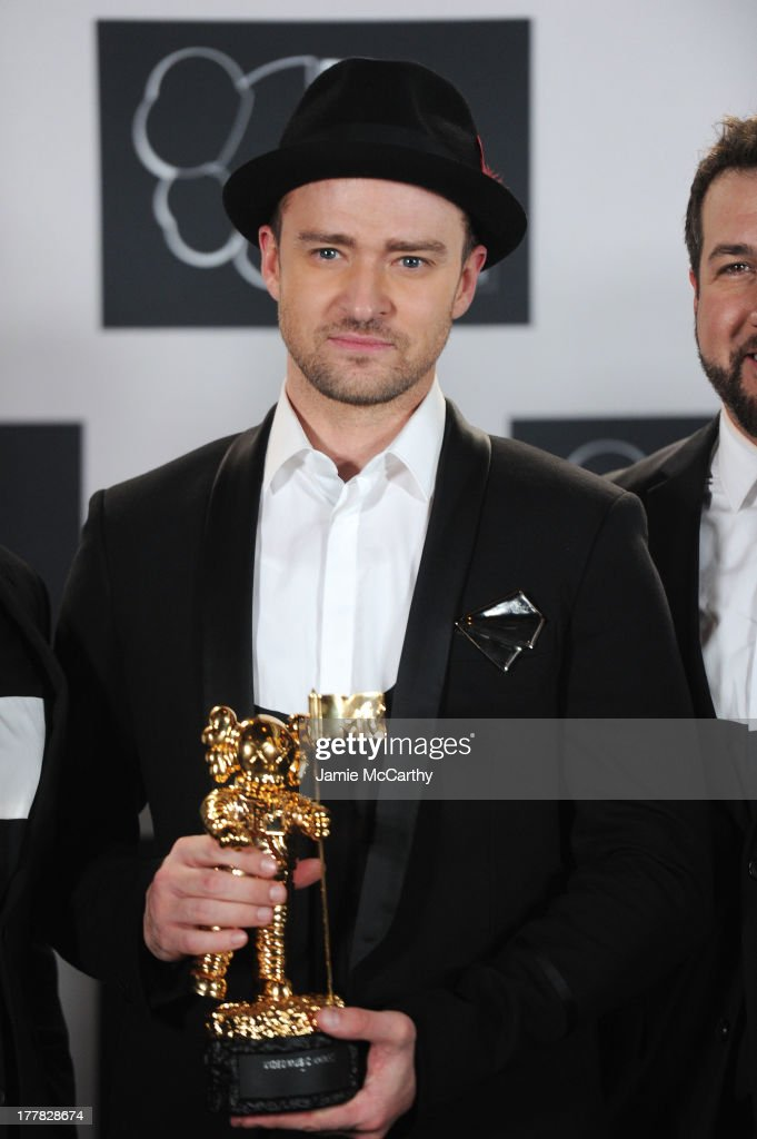 <a gi-track='captionPersonalityLinkClicked' href=/galleries/search?phrase=Justin+Timberlake&family=editorial&specificpeople=157482 ng-click='$event.stopPropagation()'>Justin Timberlake</a> attends the 2013 MTV Video Music Awards at the Barclays Center on August 25, 2013 in the Brooklyn borough of New York City.