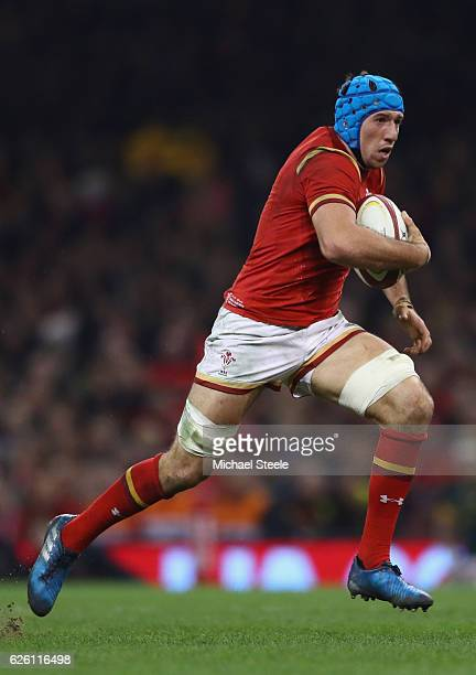 Justin Tipuric of Wales during the International match between Wales and South Africa at the Principality Stadium on November 26 2016 in Cardiff Wales