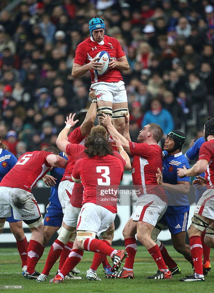 Justin Tipuric of Wales in action during the 6 Nations match between France and Wales at the Stade de France on February 9,, 2013 in Paris, France.