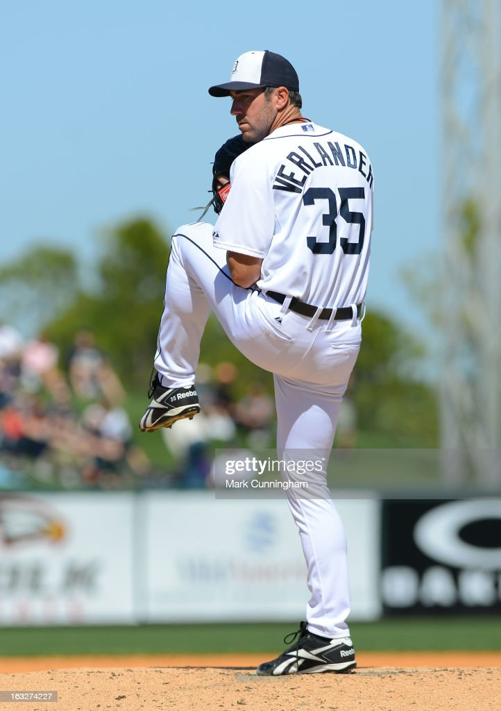 <a gi-track='captionPersonalityLinkClicked' href=/galleries/search?phrase=Justin+Verlander&family=editorial&specificpeople=556723 ng-click='$event.stopPropagation()'>Justin Verlander</a> #35 of the Detroit Tigers pitches during the spring training game against the Toronto Blue Jays at Joker Marchant Stadium on March 6, 2013 in Lakeland, Florida. The Tigers defeated the Blue Jays 4-1.