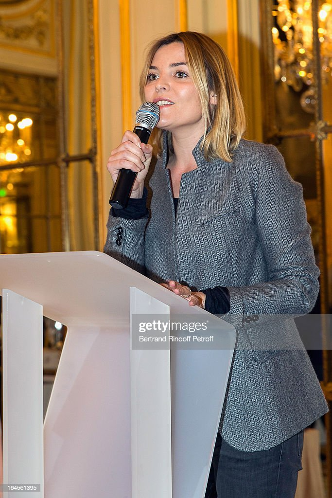 Justine Fraioli moderates the benefit party in aid of the 'Chirurgie Plus' (AC+) association at Hotel Meurice on March 24, 2013 in Paris, France.