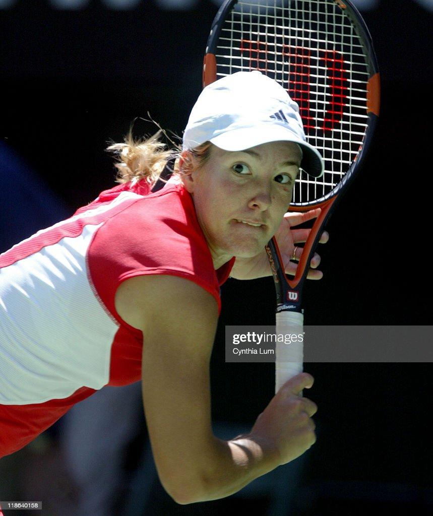 2004 Australian Open - Women's Singles - Quarter Final - Justine Henin-Hardenne