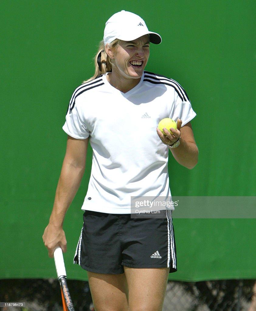 2004 Australian Open Women s Singles Justine Henin Hardenne