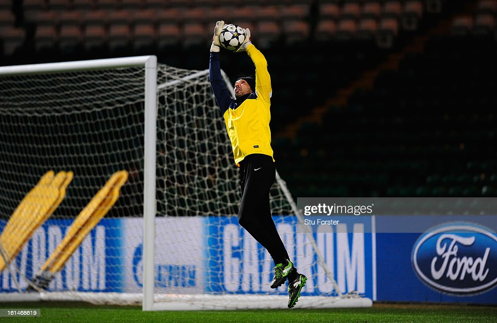 Juventus captain <a gi-track='captionPersonalityLinkClicked' href=/galleries/search?phrase=Gianluigi+Buffon&family=editorial&specificpeople=208860 ng-click='$event.stopPropagation()'>Gianluigi Buffon</a> in action during the Juventus training session at Celtic Park on February 11, 2013 in Glasgow, Scotland.