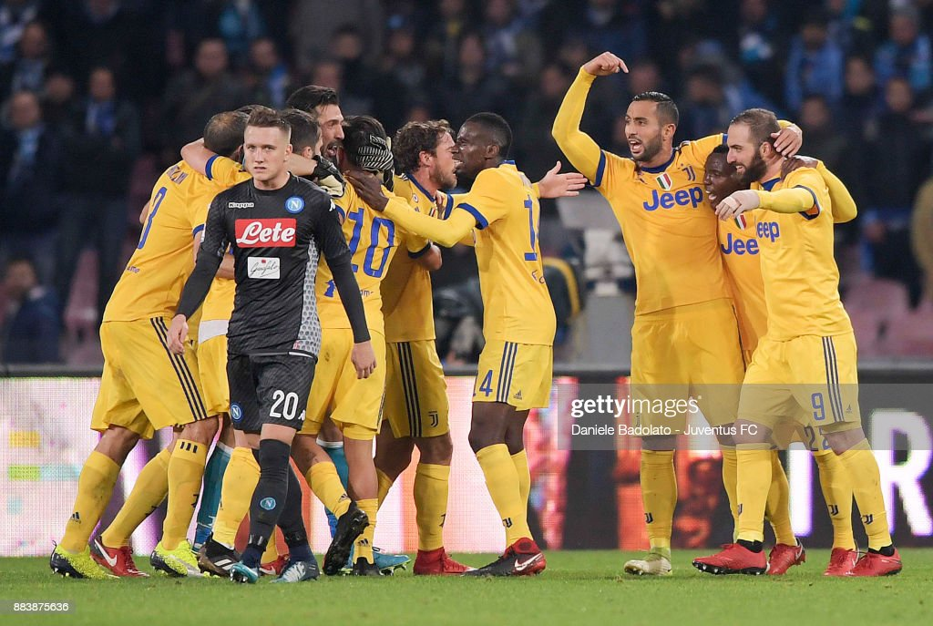 Juventus celebrate at the end of the match during the Serie A match between SSC Napoli and Juventus at Stadio San Paolo on December 1, 2017 in Naples, Italy.