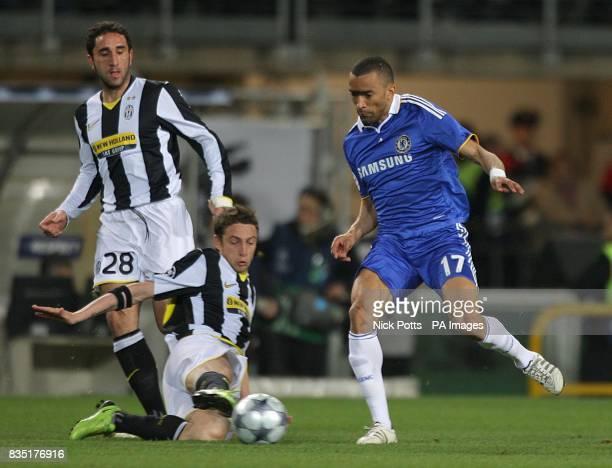 Juventus' Claudio Marchisio and Chelsea's Jose Bosingwa in action