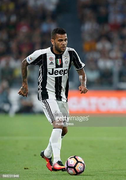 Juventus Dani Alves in action during the Italian Serie A football match between Juventus and Fiorentina at the Juventus Stadium Juventus won 21