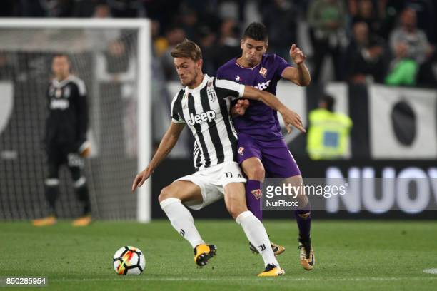 Juventus defender Daniele Rugani thwarted by Fiorentina forward Giovanni Simeone during the Serie A football match n5 JUVENTUS FIORENTINA on at the...