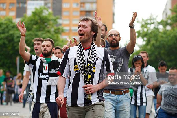 Juventus fans arrive at the stadium prior to kickoff during the UEFA Champions League Semi Final second leg match between Real Madrid and Juventus at...