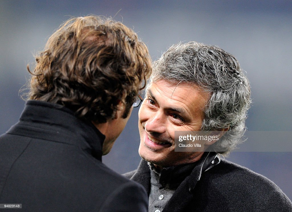 Juventus FC Head Coach Ciro Ferrara and FC Internazionale Milano Head Coach Josè Mourinho during the Serie A match between Juventus and Inter Milan at Stadio Olimpico on December 5, 2009 in Turin, Italy.