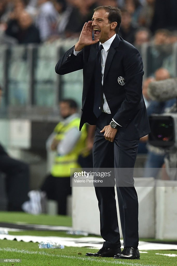 Juventus FC head coach <a gi-track='captionPersonalityLinkClicked' href=/galleries/search?phrase=Massimiliano+Allegri&family=editorial&specificpeople=3470667 ng-click='$event.stopPropagation()'>Massimiliano Allegri</a> shouts to his players during the Serie A match between Juventus FC and AC Chievo Verona at Juventus Arena on September 12, 2015 in Turin, Italy.